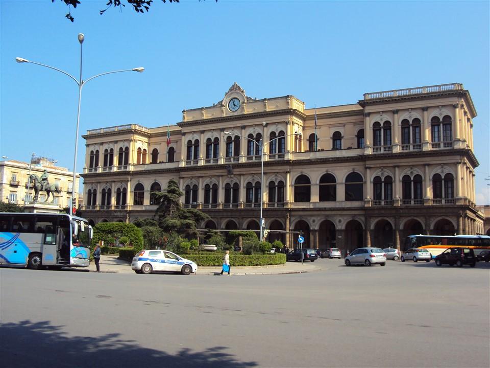 Palermo_-_Stazione_Centrale