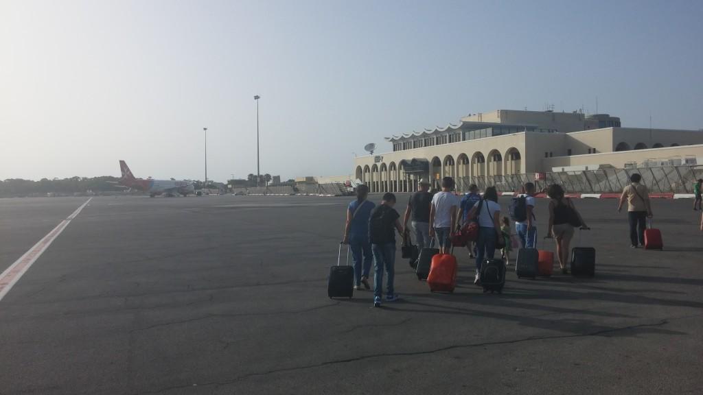 malta-luga-airport-ben