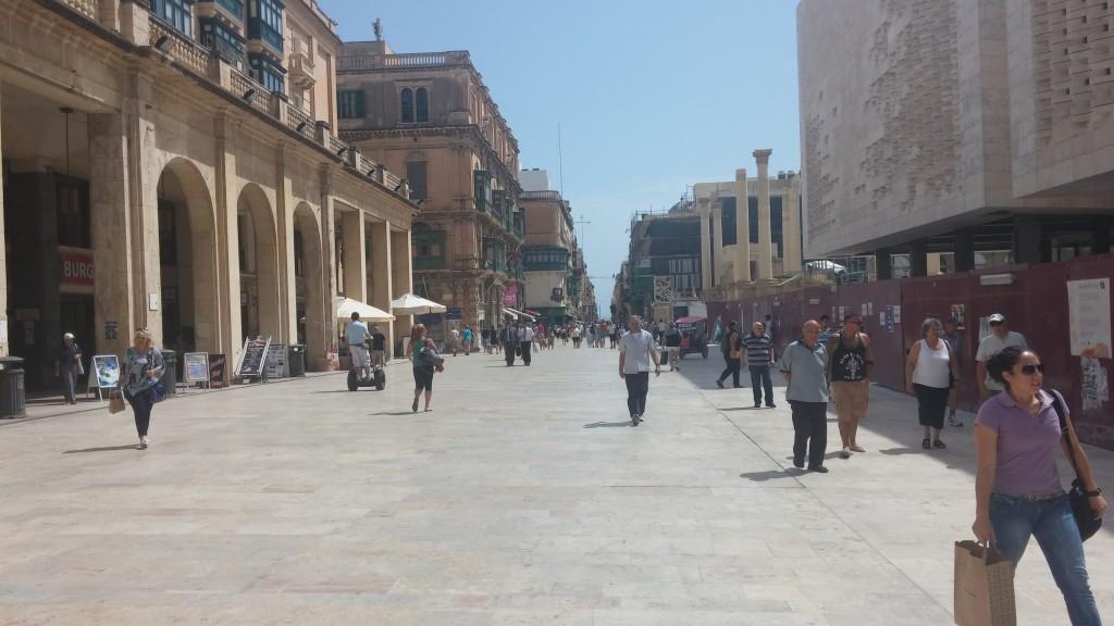 valletta-repubblica-street-malta