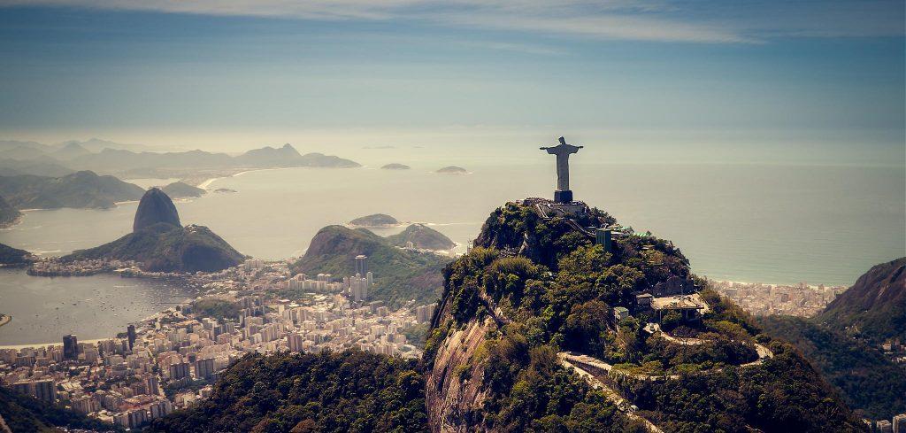 Brezilya İsa Heykeli