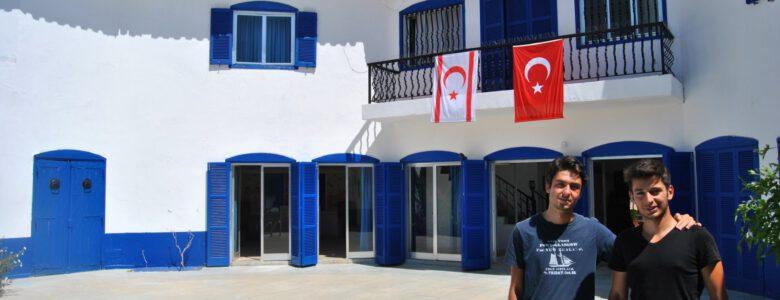 Mavi Köşk'te Sevgili Arkadaşım Talha ile / KKTC